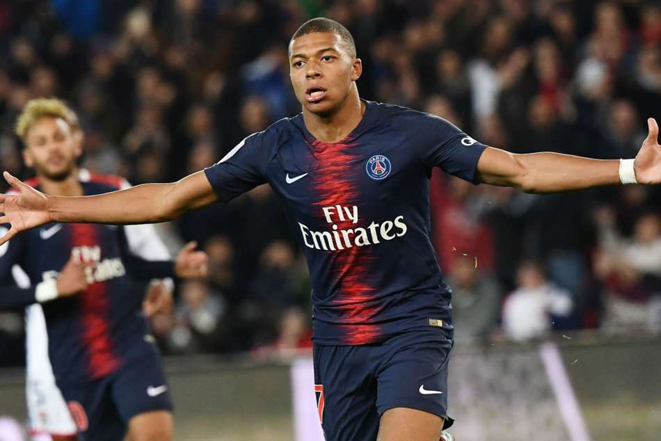 MBAPPE PARIS ST GERMAIN 2019