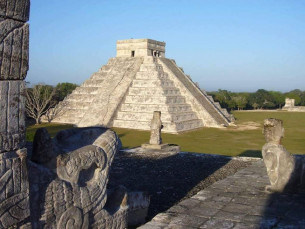 PIRAMIDE MAYA MEXICO CHICHEN ITZA 2019